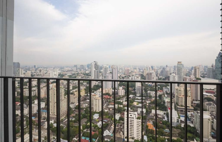 Propfit Agency's 2 Br Condo at Edge Sukhumvit 23 21