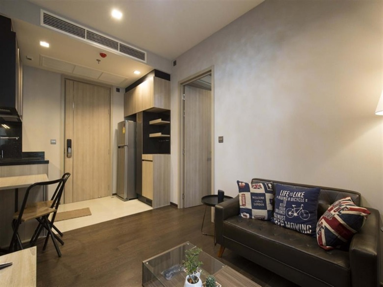 Propfit Agency's 1 Br Condo at The LINE Ratchathewi 4