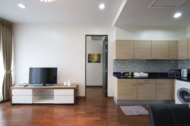 Propfit Agency's 1 Br Condo at The Address Chidlom 5