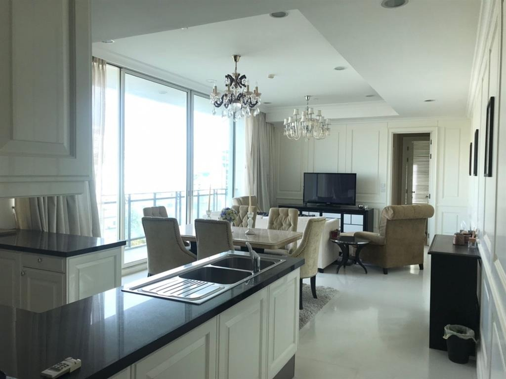 Propfit Agency's 2 Br Condo at Royce Private Residence 4