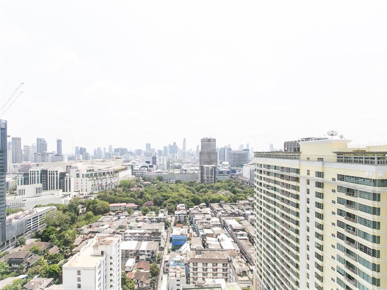 Propfit Agency's 2 Br Condo at The LINE Ratchathewi 16