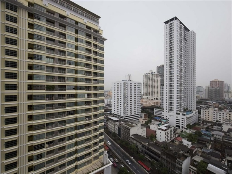 Propfit Agency's 1 Br Condo at The LINE Ratchathewi 18