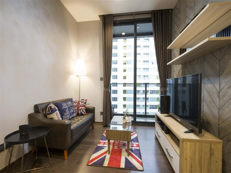 Propfit Agency's 1 Br Condo at The LINE Ratchathewi 2