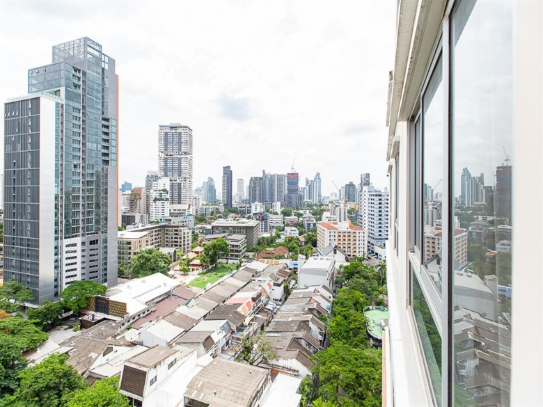 Propfit Agency's 2 Br Condo at Condo One X Sukhumvit 26 22