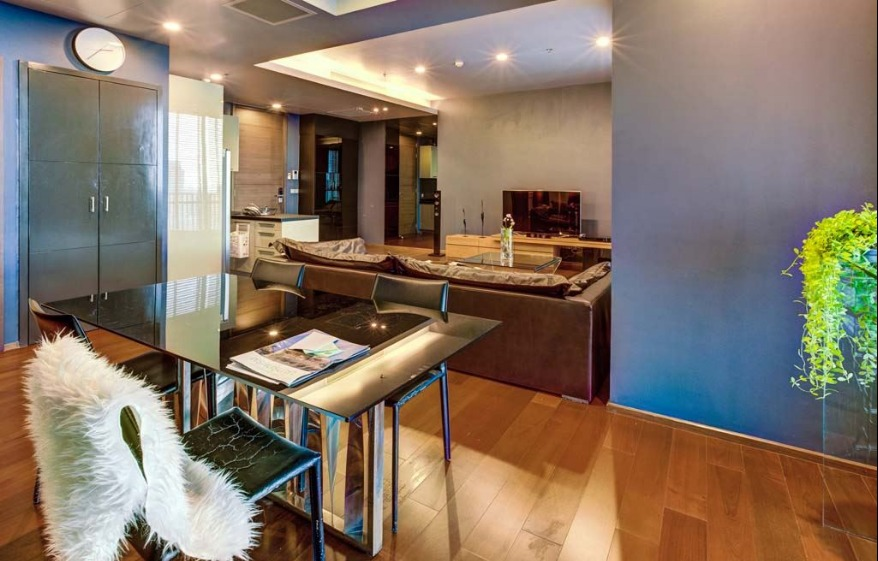 Propfit Agency's 2 Br Condo at Quattro by Sansiri 5