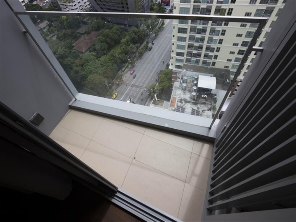 Propfit Agency's 2 Br Condo at The LINE Ratchathewi 17