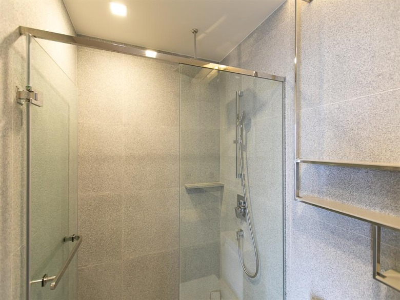 Propfit Agency's 2 Br Condo at The LINE Ratchathewi 12