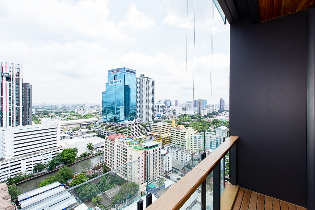 Propfit Agency's 2 Br Condo at THE Monument Thong Lo 21