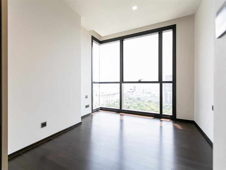 Propfit Agency's 2 Br Condo at The LINE Ratchathewi 11