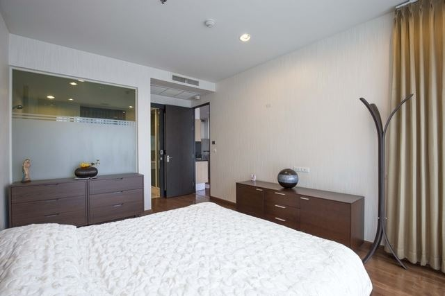 Propfit Agency's 1 Br Condo at The Address Chidlom 13