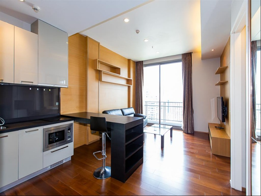 Propfit Agency's 1 Br Condo at Quattro by Sansiri 6