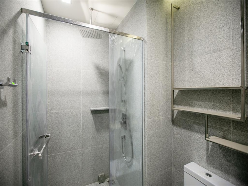 Propfit Agency's 2 Br Condo at The LINE Ratchathewi 15