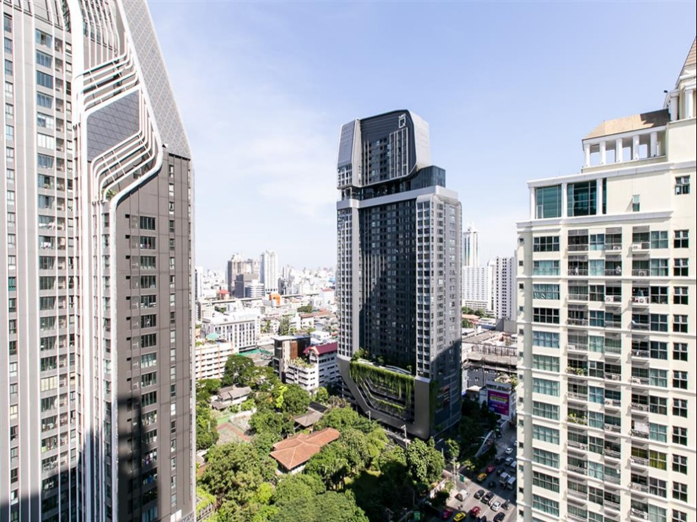 Propfit Agency's 2 Br Condo at The LINE Ratchathewi 18